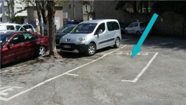 Place de parking privée et gratuite